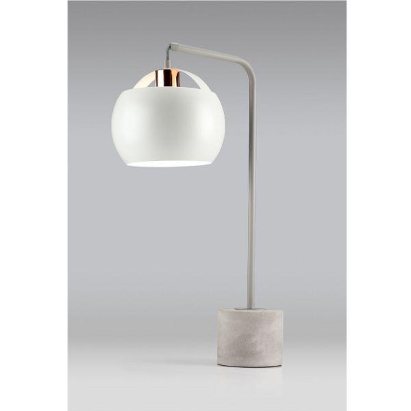 lampa stołowa na betonowej podstawie