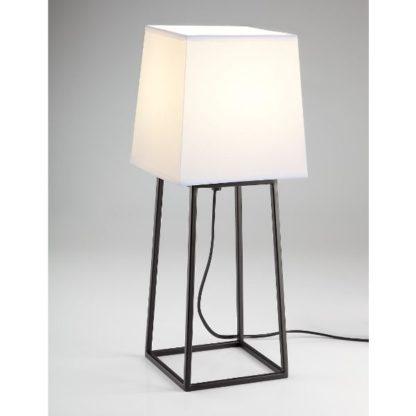 skandynawska lampa stołowa z abażurem