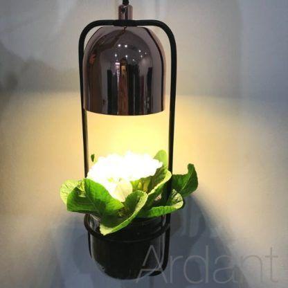 lampa z doniczką na zioła