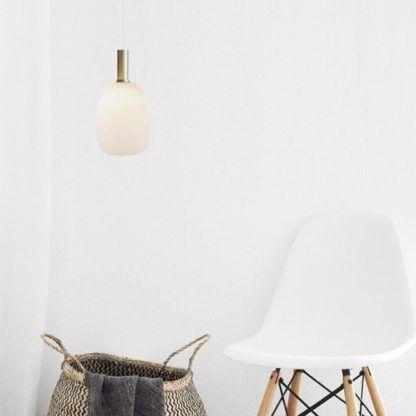 szklana złota lampa wisząca - do salonu