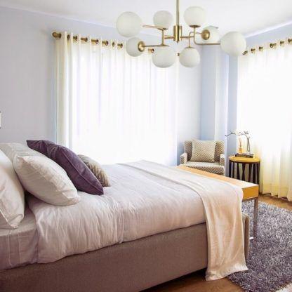 złoty żyrandol do sypialni