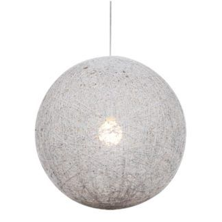 Biała lampa wisząca Caruba - ażurowa kula, ratan