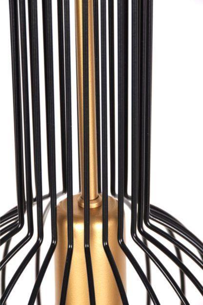 metalowa lampa wisząca z prętów