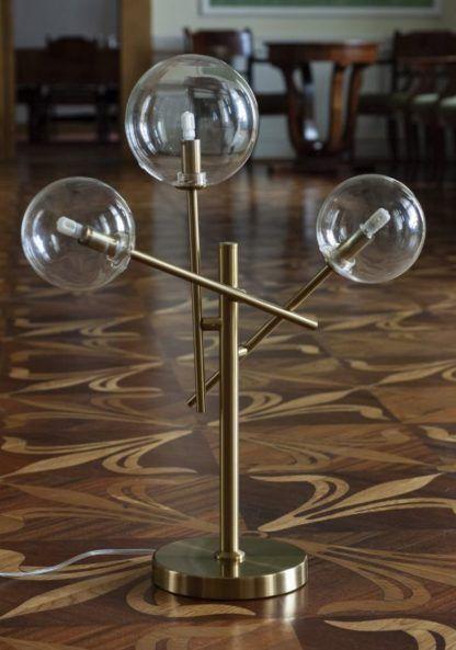 złota lampa stołowa szklane klosze