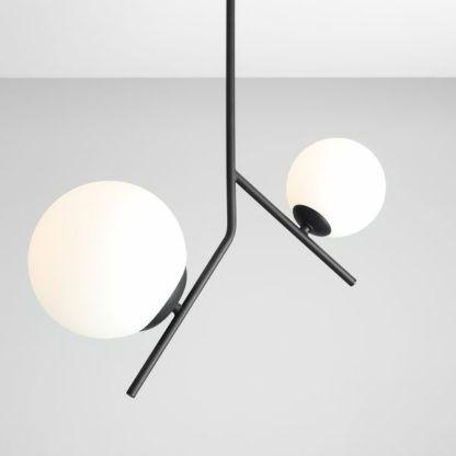 stalowa lampa wisząca do salonu szklane klosze