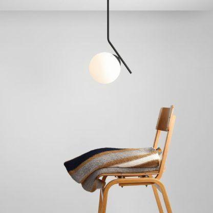nowoczesna lampa wisząca czarna stalowa