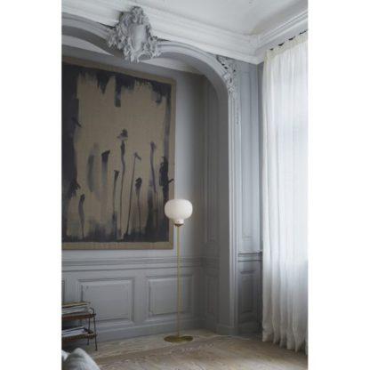 złota lampa podłogowa do salonu