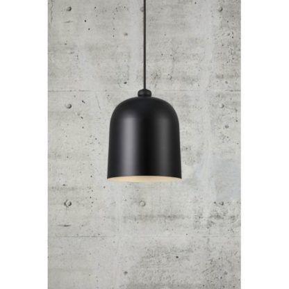 metalowa lampa wisząca czarna