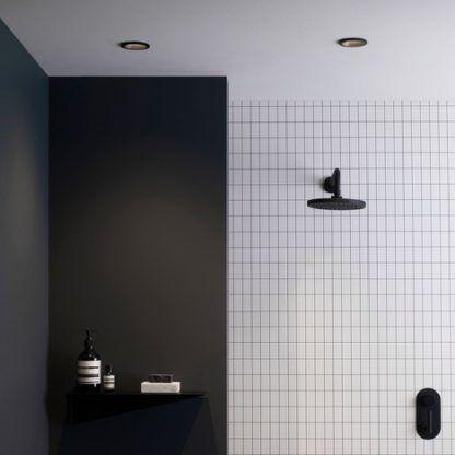 oczko sufitowe do łazienki
