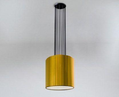 czarna lampa ze złotym abażurem