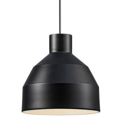 czarna lampa z otwartym kloszem