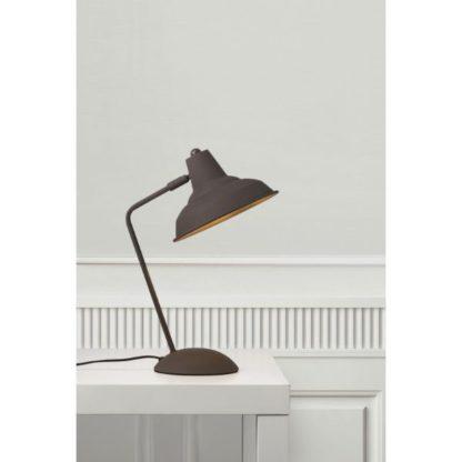 metalowa lampa stołowa retro