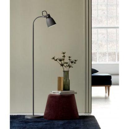 szara lampa podłogowa mały klosz