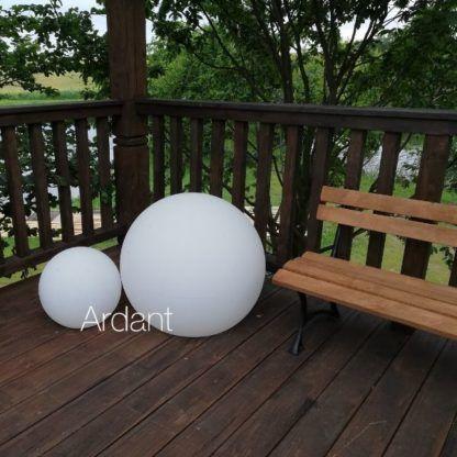 mleczna kula lampa ogrodowa
