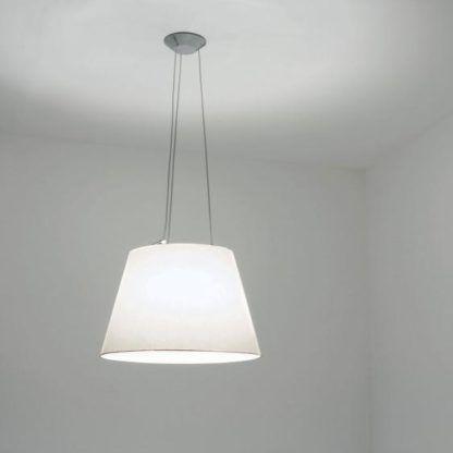 lampa wisząca z pergaminowym abażurem