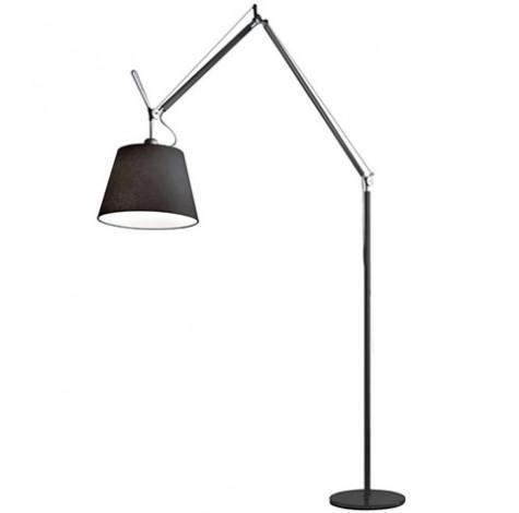 srebrna lampa podłogowa nowoczesna