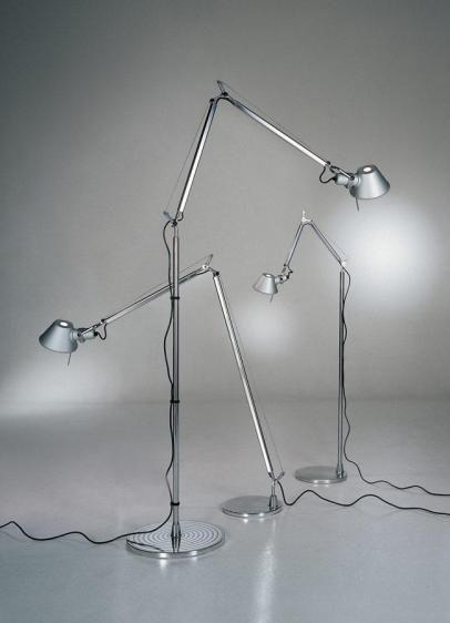 srebrne lampy stojące