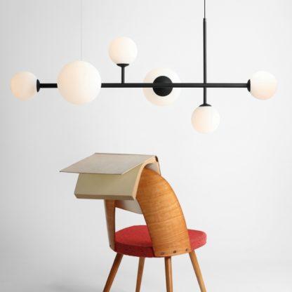 designerska lampa wisząca szklane kule
