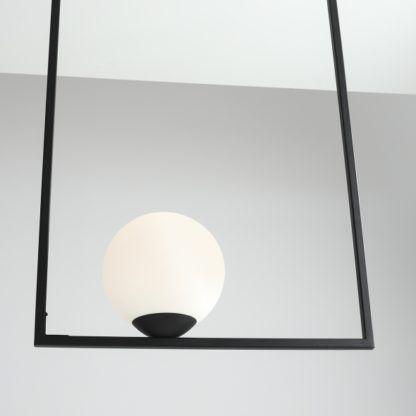 lampa wisząca szklana kula biel i czerń
