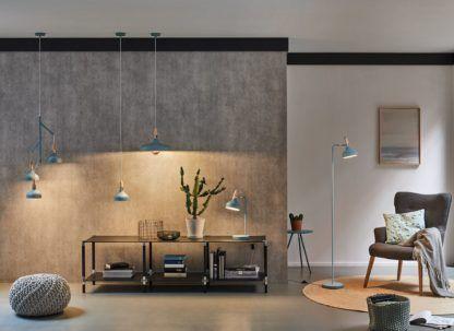 błękitna lampa oświetlenie salonu betonowa ściana