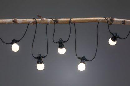 nastrojowe lampki do ogrodu do altany