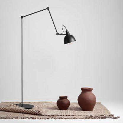 Lampa podłogowa Aida - czarna, regulowana