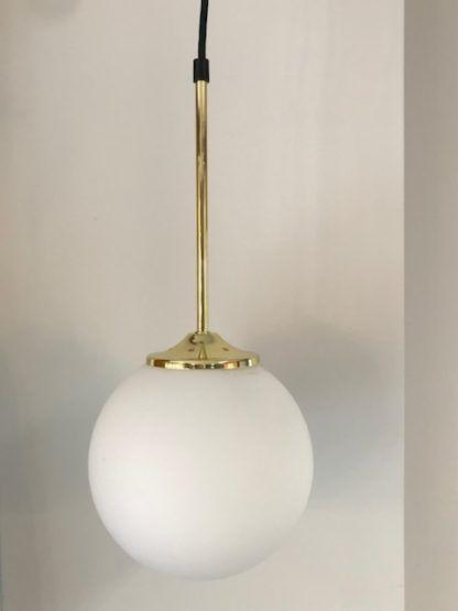 lampa z kloszem kulą złota