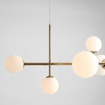 złota lampa wisząca pozioma - elegancka z kloszami