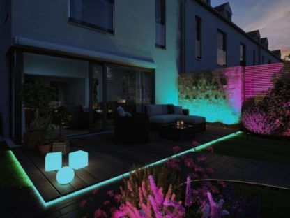 nowoczesne oświetlenie tarasu kolory RGB