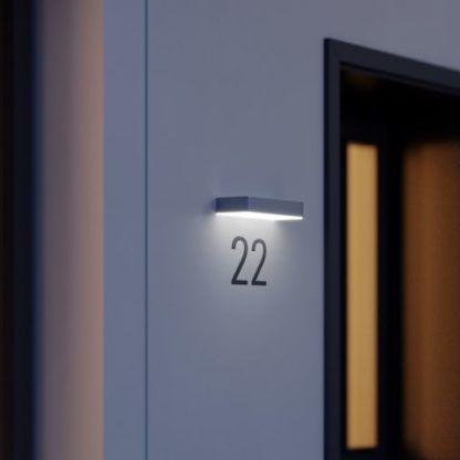 oświetlenie numeru domu solarne