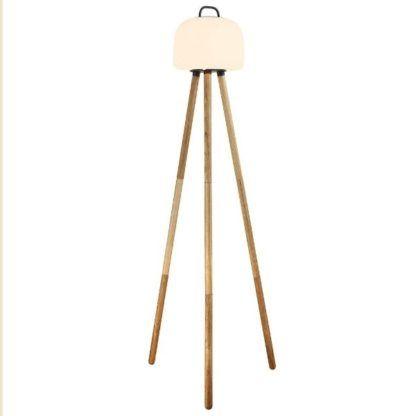 lampa podłogowa na taras drewniana podstawa