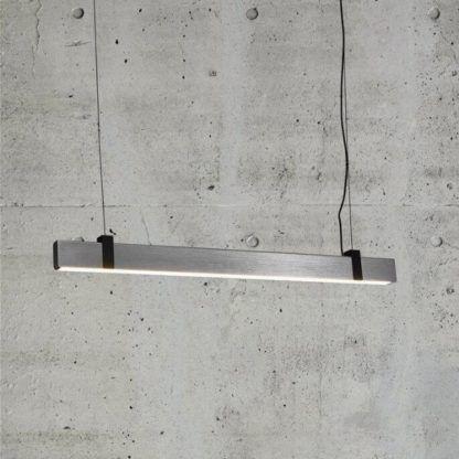 srebrna lampa led podłużna