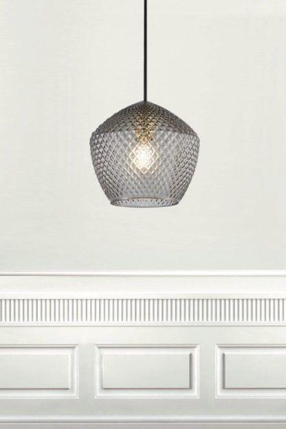 szklana lampa wisząca do kuchni
