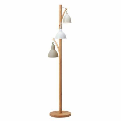 kremowa lampa podłogowa drewniana