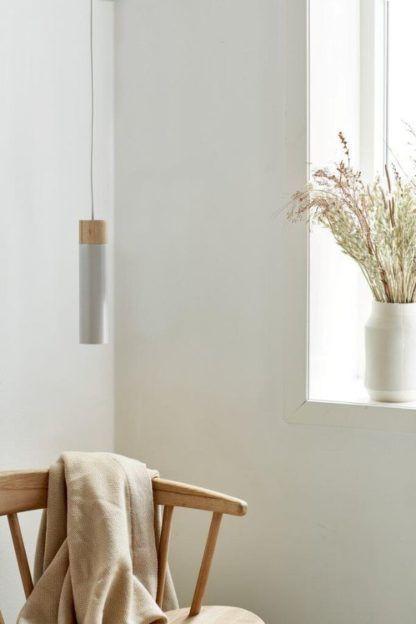 biała lampa wisząca tuba nowoczesna