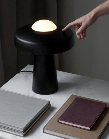 lampa stołowa designerska do gabinetu