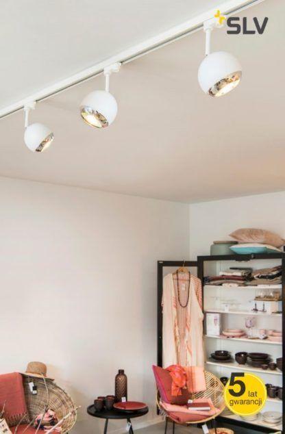 oświetlenie szynowe w garderobie