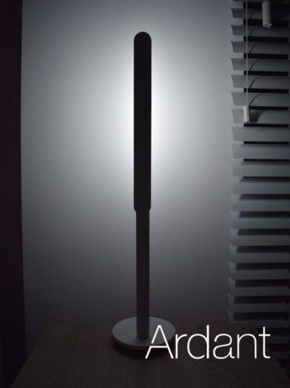 lampa biurowa ziemne światło
