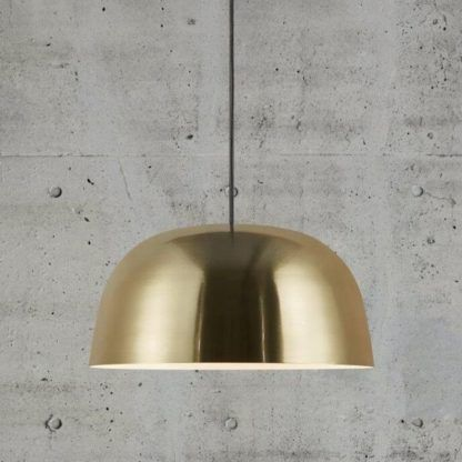 złota lampa wisząca metaliczna