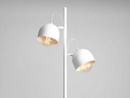 biała podwójna lampa podłogowa