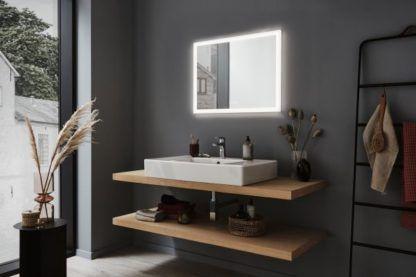 podświetlane lustro łazienkowe