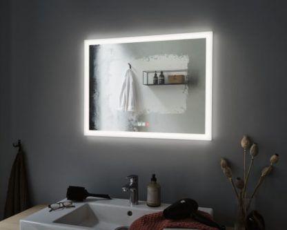 poziome lustro łazienkowe led