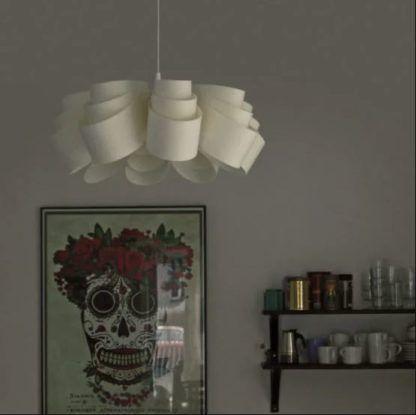 designerska lampa wisząca biała