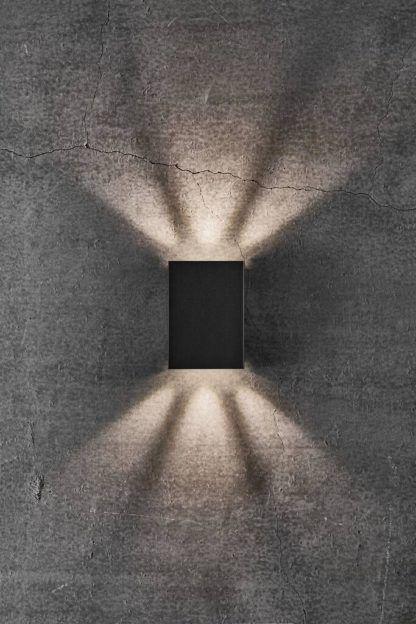 czarny dekoracyjny kinkiet nowoczesny