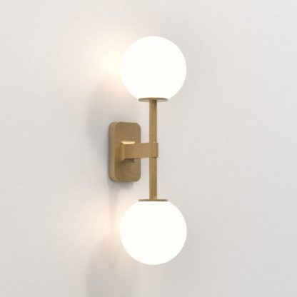 złoty kinkiet do łazienki klasyczny