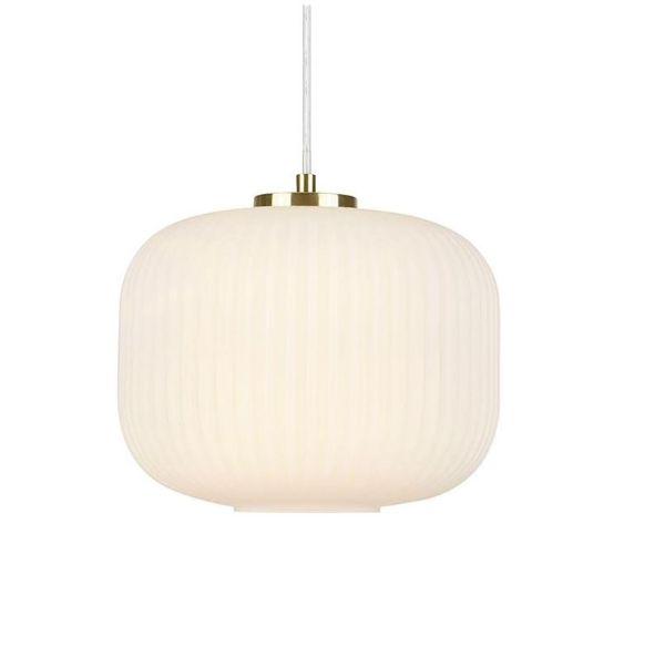 lampa wisząca z mlecznego szkła w prążki