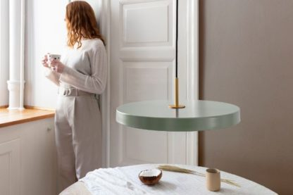 lampa wisząca nad stół pastelowa zieleń