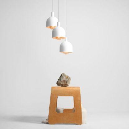 lampa z białymi kloszami okrągła