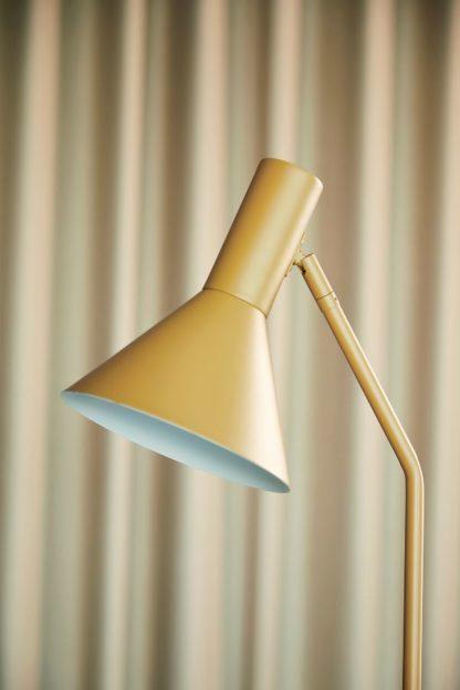 lampa podłogowa musztardowa regulowana