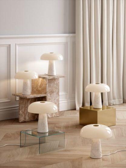 marmurowa lampa stołowa